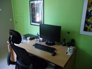 Mon espace de travail, de développement, de surf... et de jeu :)